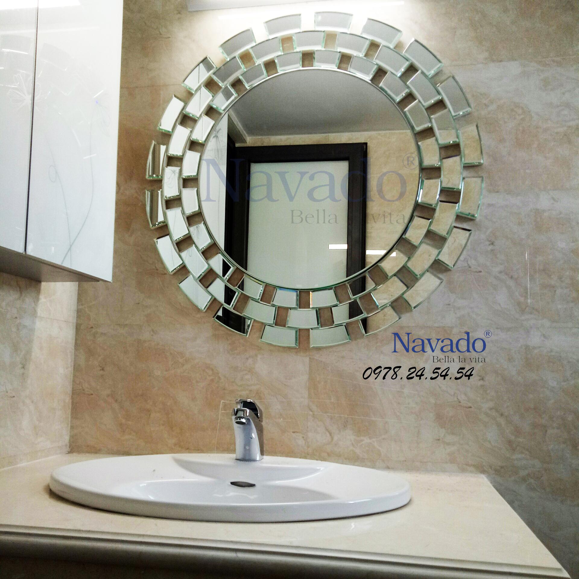 Gương trang trí Sunset cho phòng tắm.