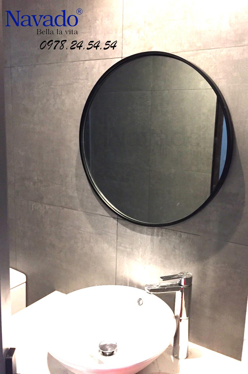 Vẻ đẹp tuyệt vời của của gương trang trí Optima trong phòng tắm